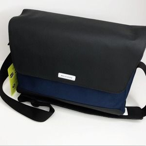Moleskine Nomad Messenger Bag Navy Blue NWT